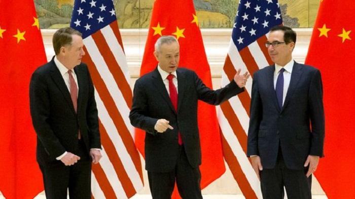 US will suffer from tariffs, Trump aide Larry Kudlow admits