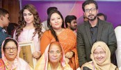 Momtaz, Popy and Afran Nisho's mother receive Gorbini Ma award