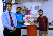 60 Buyers Get Free Refrigerators from SINGER