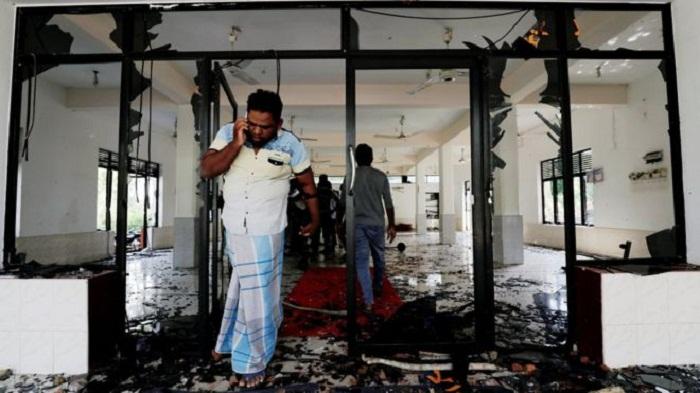 Sri Lanka imposes curfew amid anti-Muslim violence