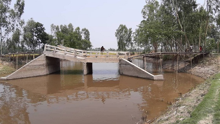 Bridge woe lingers for 40,000 Kurigram residents