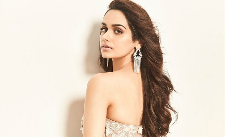 No Bollywood debut for Manushi Chillar yet