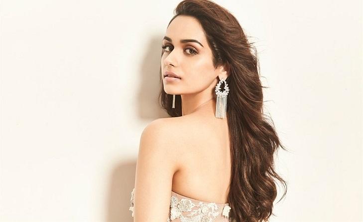 No Bollywood debut for Manushi Chillar yet