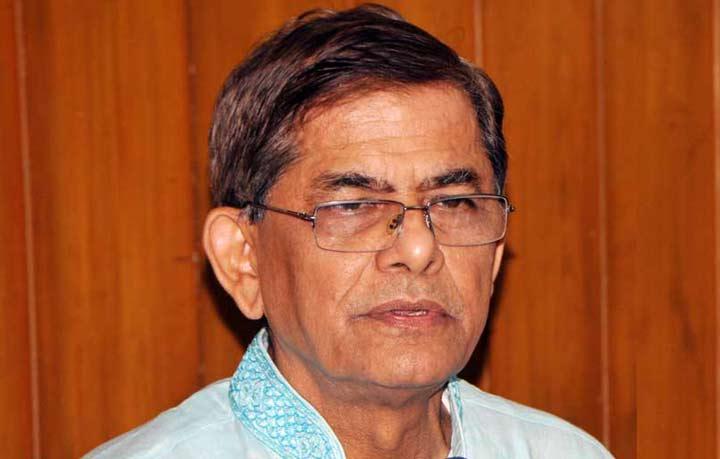 Mirza Fakhrul flies to Bangkok for treatment