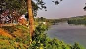 Bangladesh's largest freshwater lake inching towards death