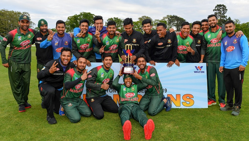 Soumya, Mosaddek lead Bangladesh to tri-series triumph