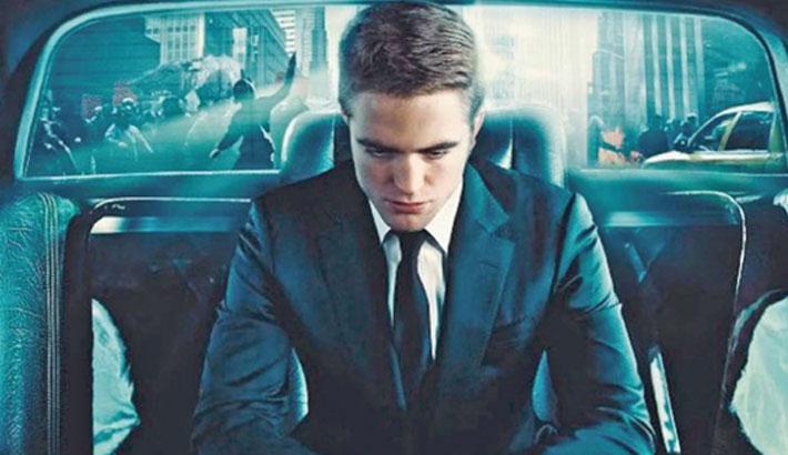 Pattinson to play Batman in  Matt Reeves' film, replaces Affleck