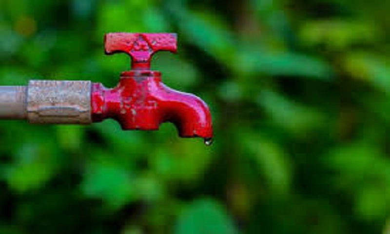 Gujarat: Wasting water in Dahod to invite fine this summer