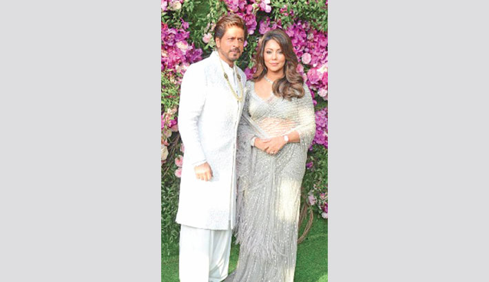 SRK wants some 'gems of wisdom' from wife Gauri at home