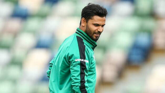 Bangladesh captain Mashrafe leaves Dhaka for England