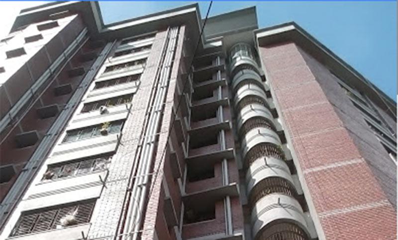 Dhaka University teacher injures as ceiling fan falls on him