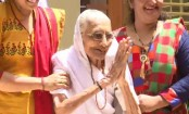India election result:  Modi's mother greets supporters amid slogans of 'Har, Har Modi'