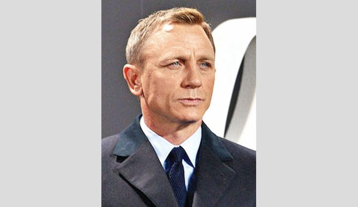 Craig to undergo ankle surgery after Bond set injury
