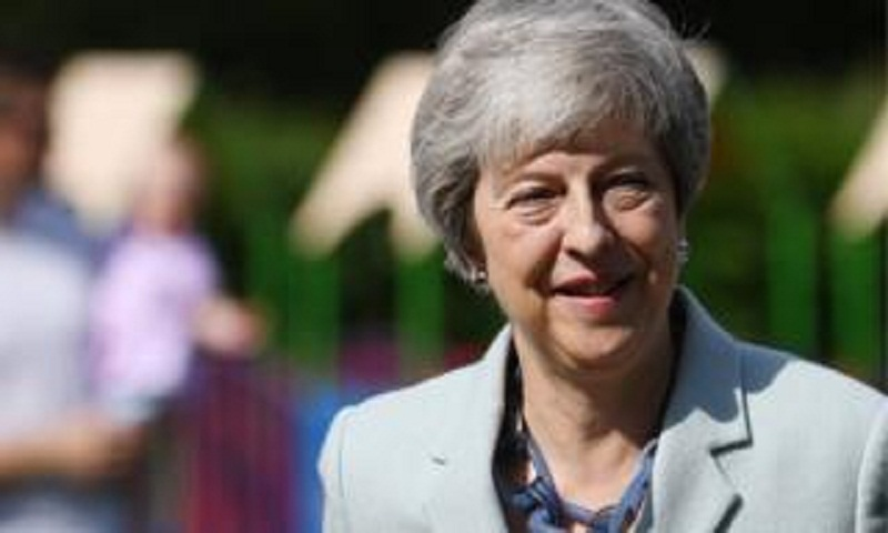 Theresa May: Ministers expect PM to reveal departure date