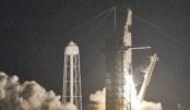SpaceX launches first 60  satellites of its internet network