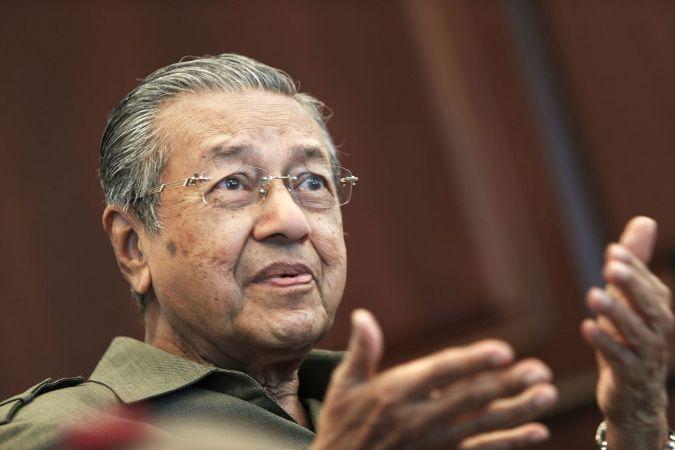 Mahathir expected to visit Bangladesh at 'year-end'