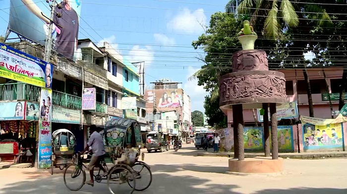 Awami League activists enforce half day hartal in Bandarban in protest against killing leader