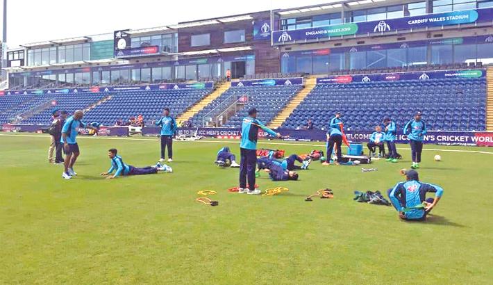 Bangladesh take on Pakistan in warm-up