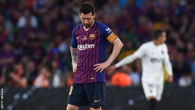 Valencia end Bacelona's double dream