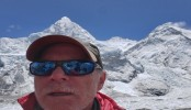 Colorado climber dies after reaching top of Mount Everest