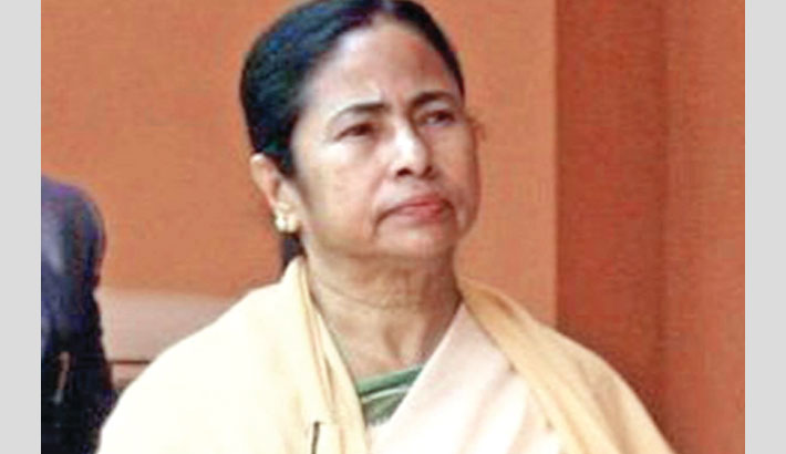 Mamata in big trouble as 2 TMC MLAs, 60 councillors join BJP