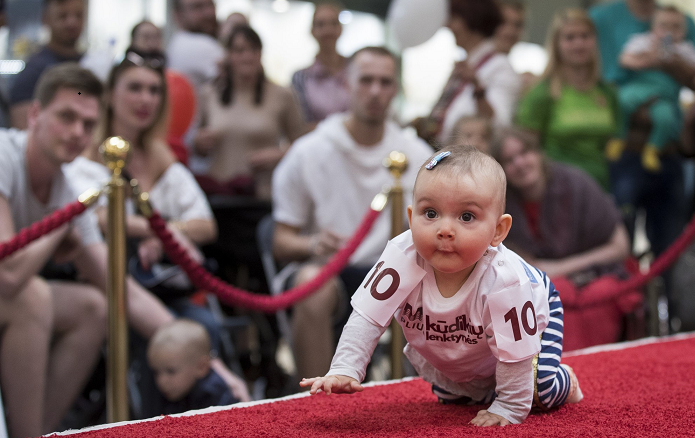 Babies crawl to the Lithuanian finish line