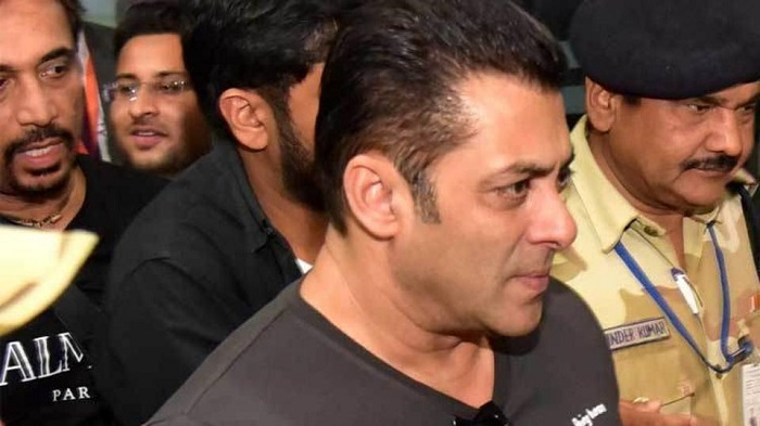 Mix reaction on Twitter over Salman Khan slapping video