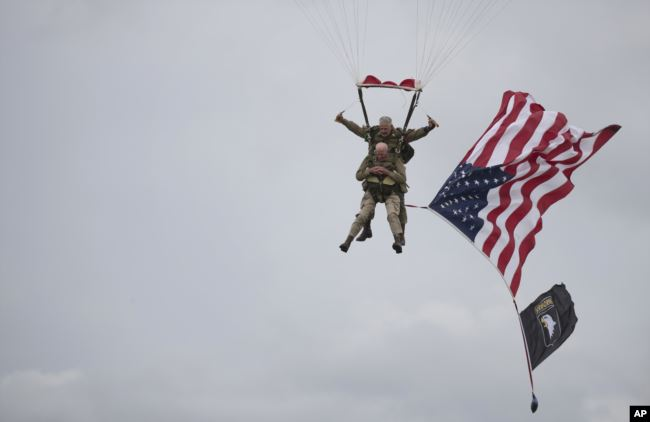 US veteran repeats D-Day jump at 97
