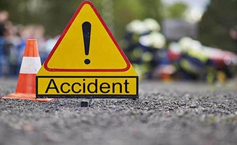 8 killed in road crashes in 3 districts