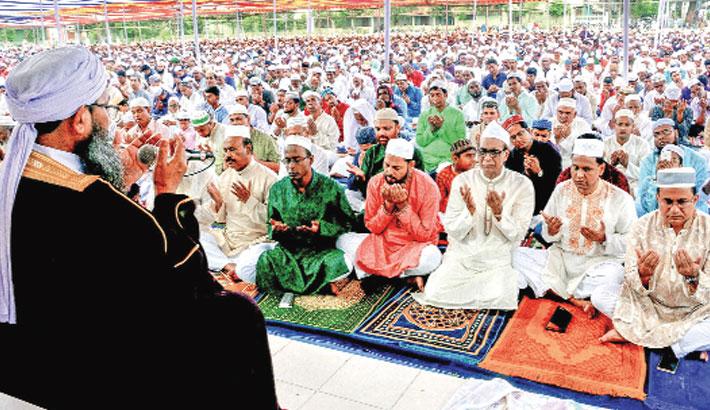 Eid-ul-Fitr celebrated amid festivity in districts