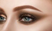 Look gorgeous with smoky eye makeup at any age