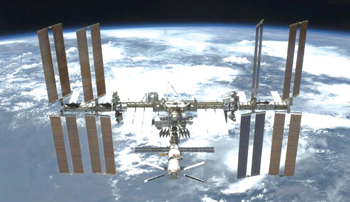 NASA to open Int'l Space Station to tourists from 2020