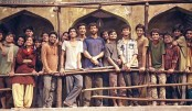 Hrithik shares a pic from the sets of Super 30, calls himself a student