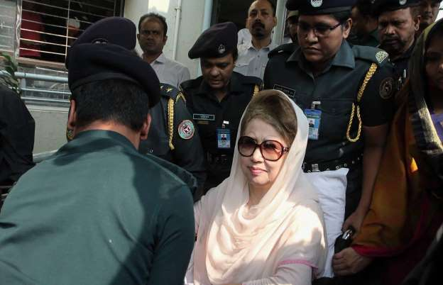 Khaleda receives dental treatment at BSMMU