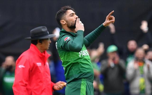 Amir five-for after Warner hundred limits Australia to 307
