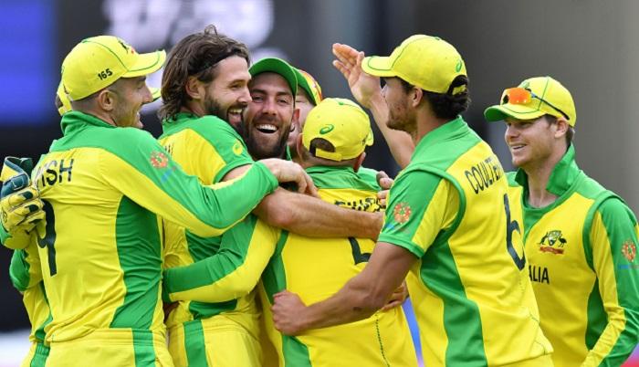 Warner ton powers Australia World Cup win over Pakistan