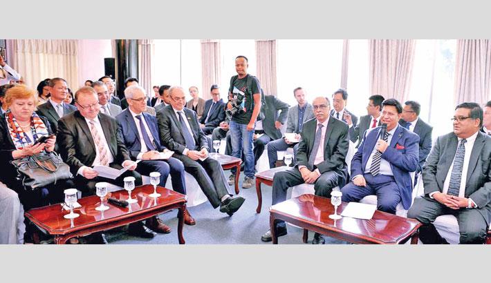 Foreign Minister Dr AK Abdul Momen briefs