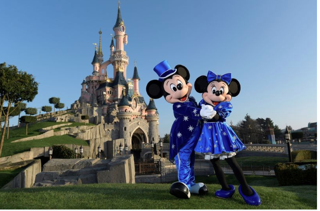 Adult tickets' price as kids' tickets at  Disneyland Paris