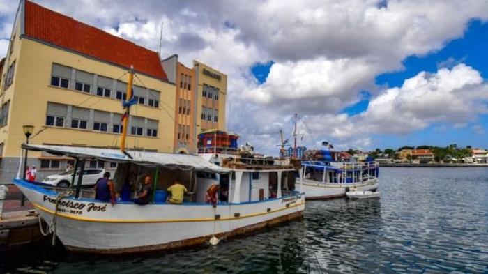 Venezuela crisis: Migrants missing after boat reportedly sinks