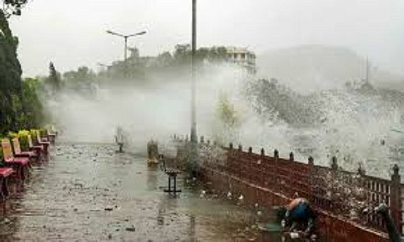 17 killed in dust storms, rain in different parts of  India's Uttar Pradesh