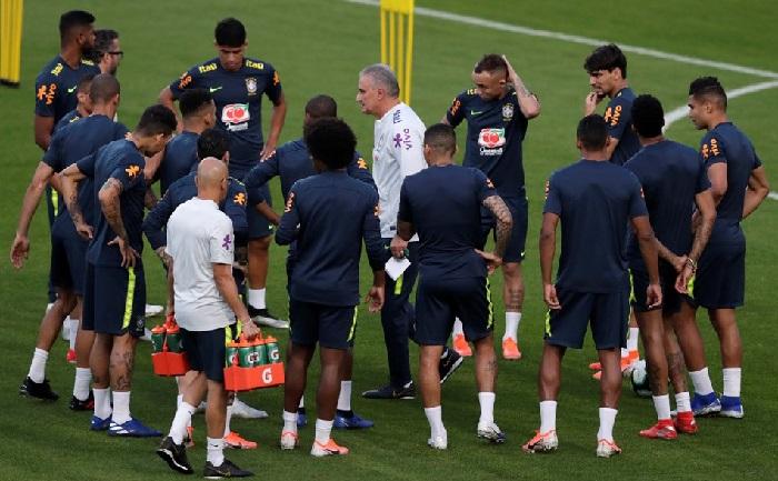 Brazil opens Copa America with spotlight still on Neymar