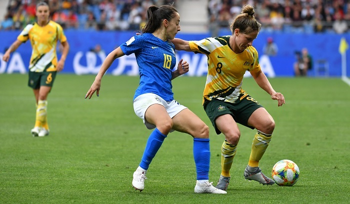 Australia beat Brazil 3-2 and stay alive in World Cup