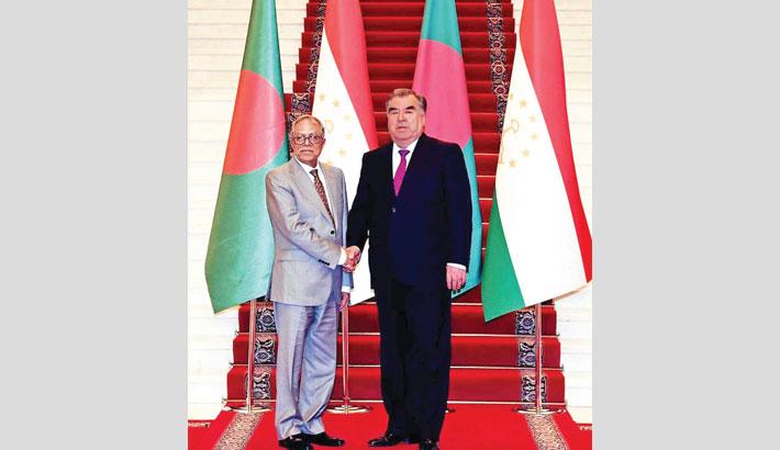 President seeks  Tajik support
