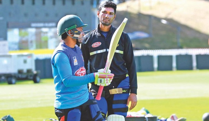 Mushfiqur Rahim suffers blow during net session