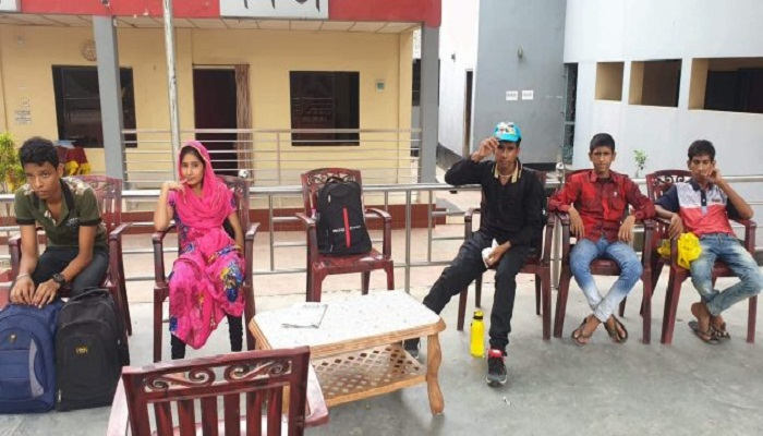 Five Bangladeshi teens return after serving jail in India