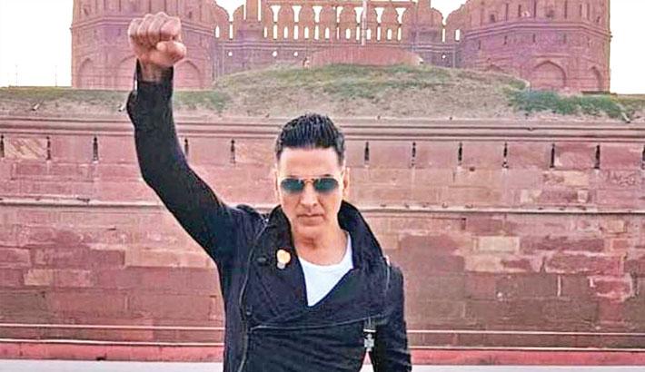 Akshay urges fans not to start negative trends on social media