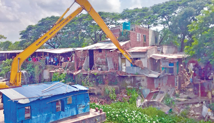 BIWTA demolishes 19 structures in Fatullah