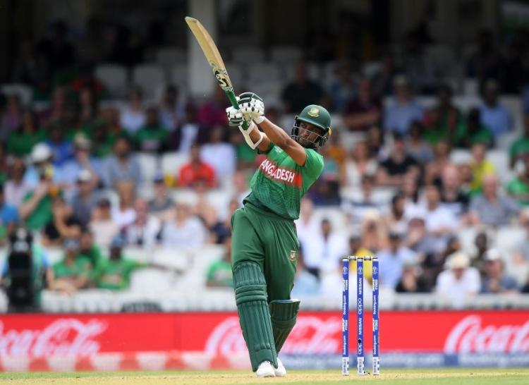 Shakib's ton keeps Bangladesh hopes alive