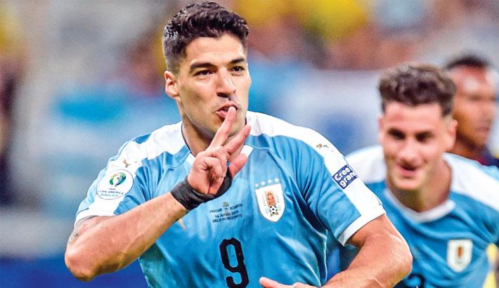 Suarez, Cavani score as Uruguay crush Ecuador in Copa America