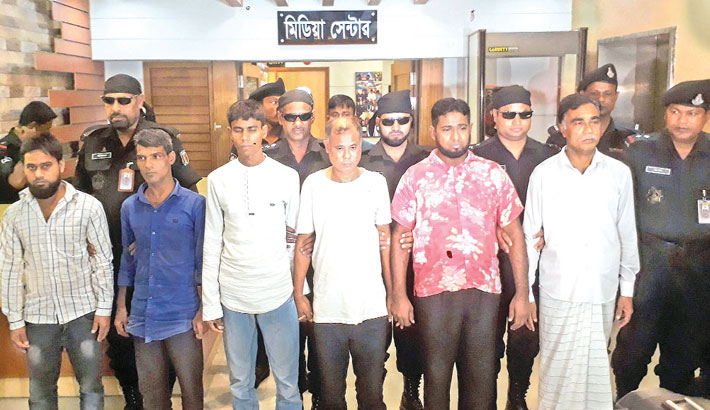 6 autorickshaw thieves held